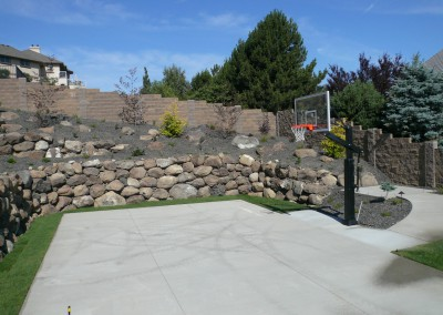 proj-7g_musser-landscaping-retaining-wall-sod-plantings-paving